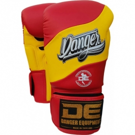 Boxing Gloves ''Evolution DT'' Danger Flag-Spain
