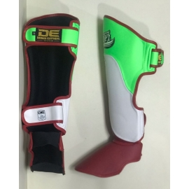 Shin Guards Danger ¨Evolution DT¨ Mexico Flag